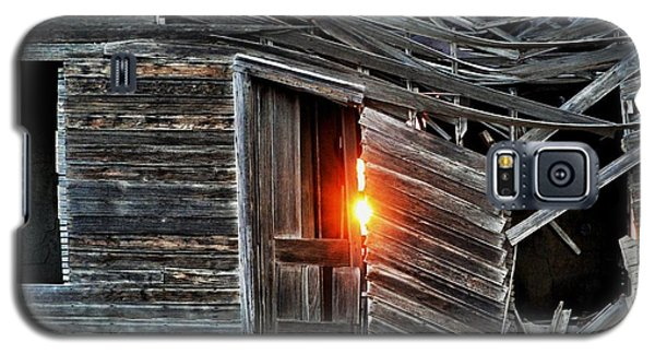 Front Door Sun Galaxy S5 Case by Clarice  Lakota