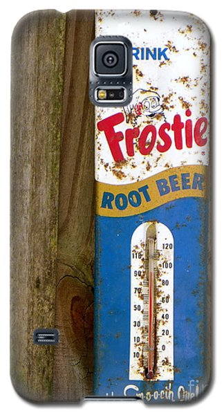 Galaxy S5 Case featuring the photograph Frostie Root Beer  by Joy Hardee