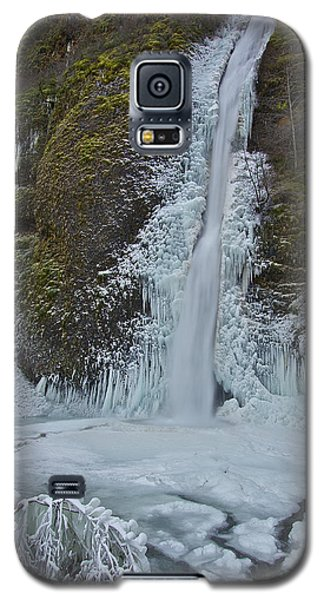 Galaxy S5 Case featuring the photograph Frozen Horsetail Falls 120813a by Todd Kreuter