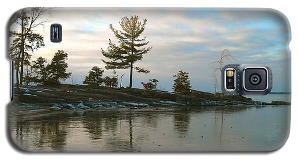 Frozen Lake At Dusk Galaxy S5 Case