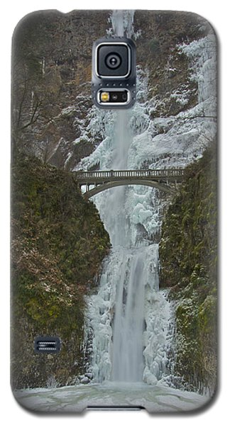 Galaxy S5 Case featuring the photograph Frozen Multnomah Falls Ffa by Todd Kreuter