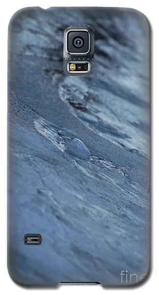 Galaxy S5 Case featuring the photograph Frozen Wave by First Star Art