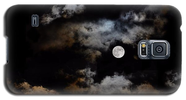 Full Moon After The Storm Galaxy S5 Case