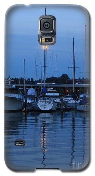 Full Moon Marina - Lake Washington Galaxy S5 Case by Amanda Holmes Tzafrir