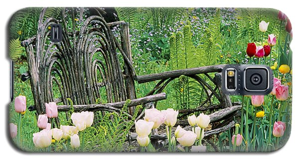 Galaxy S5 Case featuring the photograph Garden Bench by Alan L Graham
