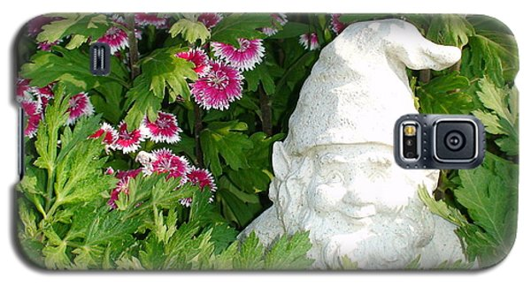 Galaxy S5 Case featuring the photograph Garden Gnome by Charles Kraus
