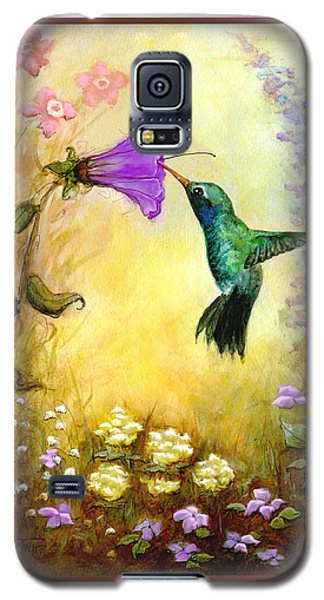 Galaxy S5 Case featuring the mixed media Garden Guest by Terry Webb Harshman