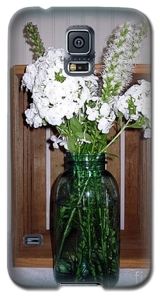 Galaxy S5 Case featuring the photograph Garden Phlox In A Mason by Margaret Newcomb