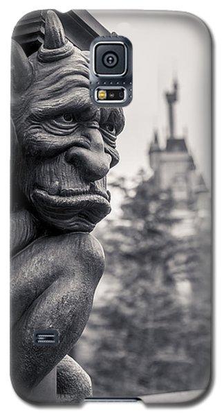 Castle Galaxy S5 Case - Gargoyle by Adam Romanowicz