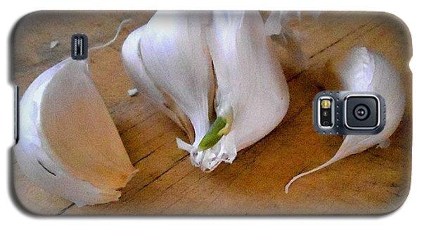 Galaxy S5 Case featuring the digital art Garlic Green by Aliceann Carlton