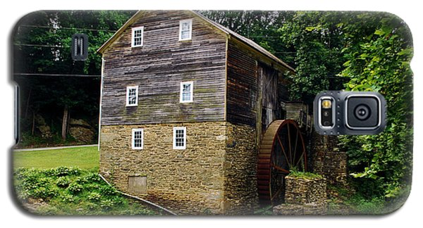 Galaxy S5 Case featuring the photograph Garvines Grist Mill by Bob Sample