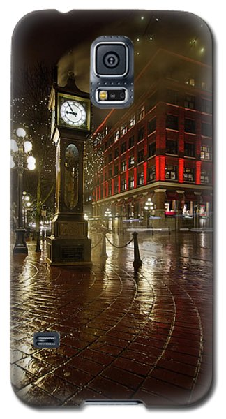 Gastown Steam Clock On A Rainy Night Vertical Galaxy S5 Case by JPLDesigns