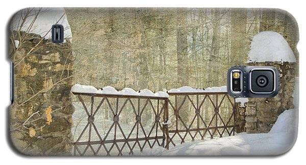Gated In The Snow Galaxy S5 Case