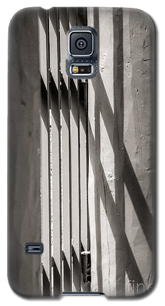 Gated Shadows Galaxy S5 Case