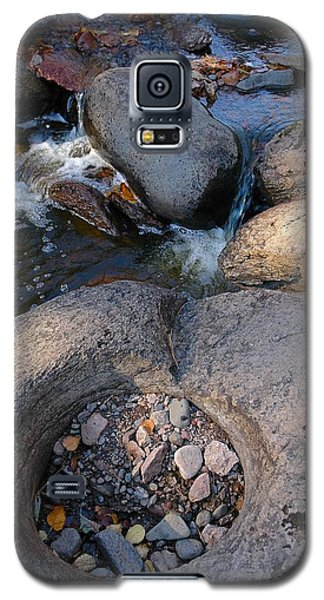Galaxy S5 Case featuring the photograph Gauthier Creek Point Of Interest by Sandra Updyke