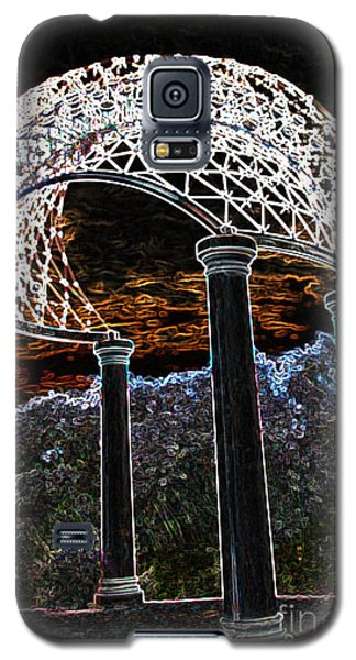 Galaxy S5 Case featuring the photograph Gazebo 1 by Minnie Lippiatt
