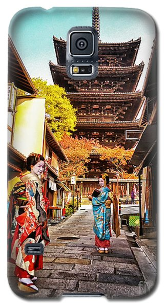 Galaxy S5 Case featuring the photograph Geisha Temple by John Swartz