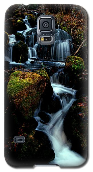 Galaxy S5 Case featuring the photograph Gentle Descent by Jeremy Rhoades