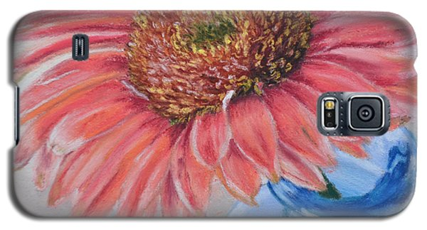 Gerbera Daisy With Blue Glass Galaxy S5 Case