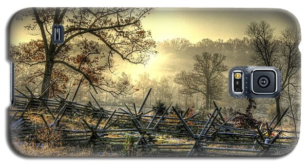Galaxy S5 Case featuring the photograph Gettysburg At Rest - Sunrise Over Northern Portion Of Little Round Top by Michael Mazaika