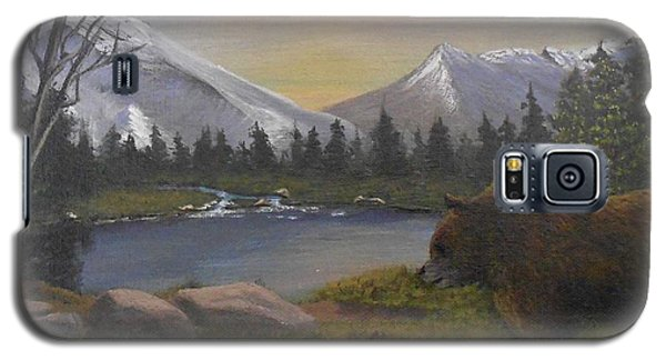 Galaxy S5 Case featuring the painting Ghost Bear-the Cascade Grizzly by Sheri Keith