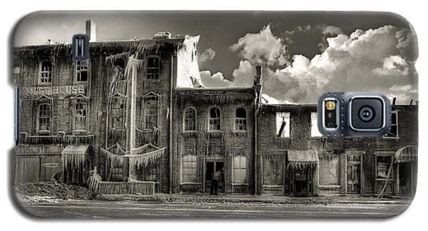 Ghost Of Our Town Galaxy S5 Case by Jaki Miller