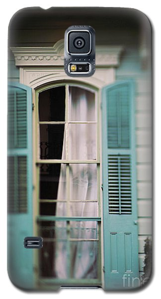 Ghostly Window Galaxy S5 Case