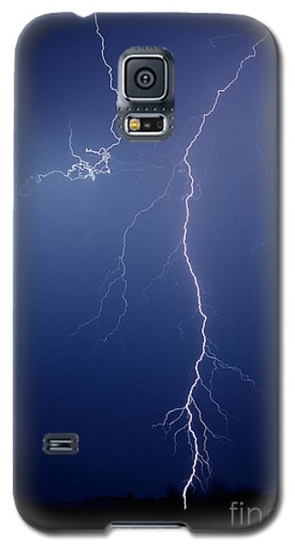 Galaxy S5 Case featuring the photograph Gila Bend by J L Woody Wooden