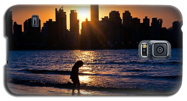 Girl And The Sunset Galaxy S5 Case