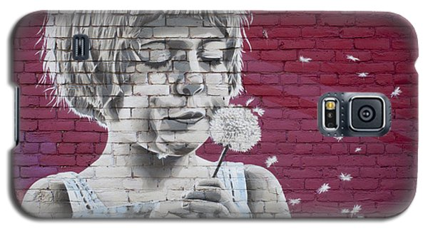 Girl Blowing A Dandelion Galaxy S5 Case