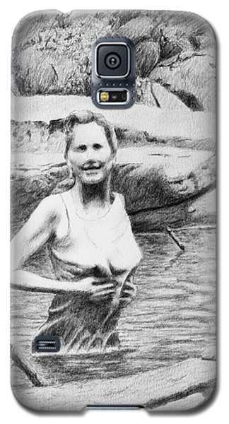 Girl In Savage Creek Galaxy S5 Case by Daniel Reed