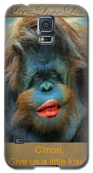 Give Us A Little Kiss Galaxy S5 Case by Paula Ayers