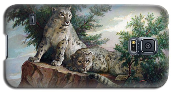 Galaxy S5 Case featuring the painting Glamorous Friendship- Snow Leopards by Svitozar Nenyuk