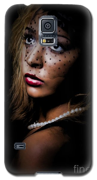 Galaxy S5 Case featuring the painting Glamour by Linda Blair
