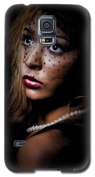 Glamour Galaxy S5 Case by Linda Blair