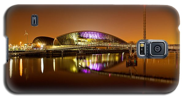 Glasgow Science Centre On A Tofee Coloured Sky Galaxy S5 Case by Stephen Taylor