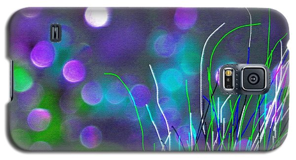 Galaxy S5 Case featuring the photograph Glass Fields by Everette McMahan jr