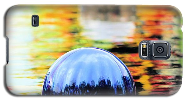 Galaxy S5 Case featuring the photograph Glass Floats by Elizabeth Budd