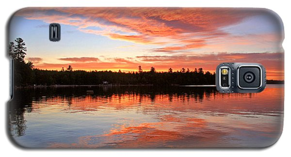 Glorious Sunrise At The Lake Galaxy S5 Case