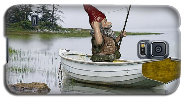 Gnome Fisherman In A White Maine Boat On A Foggy Morning Galaxy S5 Case