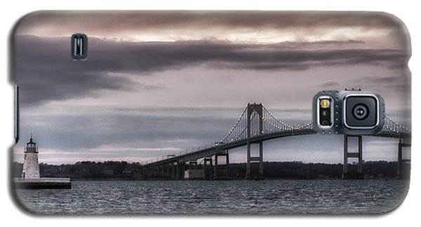 Goat Island Lighthouse And Newport Bridge Galaxy S5 Case by Joan Carroll