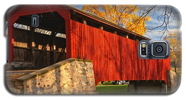 Gold Above The Poole Forge Covered Bridge Galaxy S5 Case