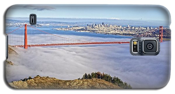 Galaxy S5 Case featuring the photograph Golden Gate by Dave Files