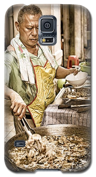 Golden Glow - South East Asian Street Vendor Cooking Food At His Stall Galaxy S5 Case