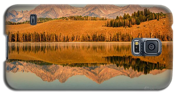 Golden Mountains  Reflection Galaxy S5 Case by Robert Bales
