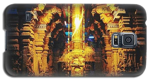Religious Galaxy S5 Case - Golden Rod In Meenakshi Temple by Raimond Klavins