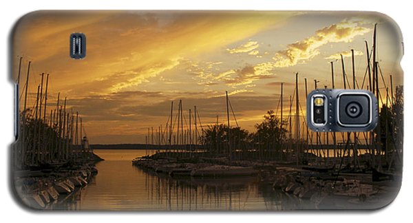 Golden Sunset With Sailboats Galaxy S5 Case