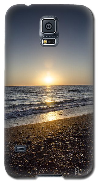 Galaxy S5 Case featuring the photograph Golden Sunset2 by Bruno Santoro