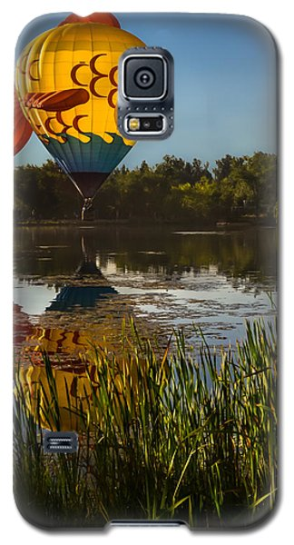 Goldfish Reflection Galaxy S5 Case by Linda Villers