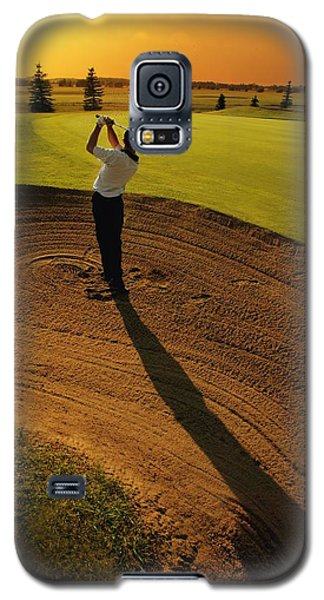 Golfer Taking A Swing From A Golf Bunker Galaxy S5 Case by Darren Greenwood